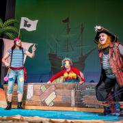 O Piracie Buciorze, który zgubił skarb a zyskał przyjaciela.